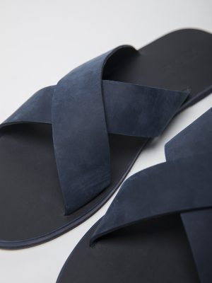 S023 - NAVY BLUE - CLOSE UP